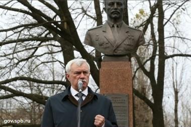 георгий полтавченко открыл московском парке победы памятник николаю