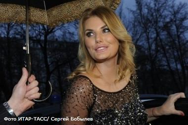 алла пугачева подала суд выпускницу фабрики звезд