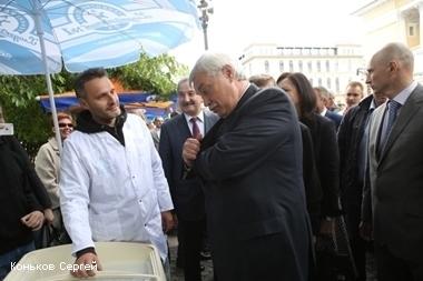 георгий полтавченко рассказал петербург славится мороженым