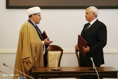 георгий полтавченко поручил подыскать петербурге здание исламского вуза