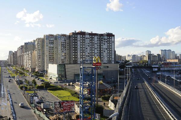 Рис. 9 - Развязка на Савушкина-Планерной распугала покупателей гипермаркетов.