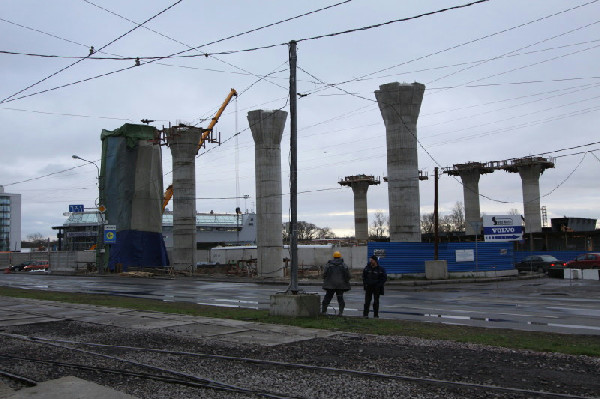 Фото 7 - Пробки на Савушкина–Планерной подходят к развязке.